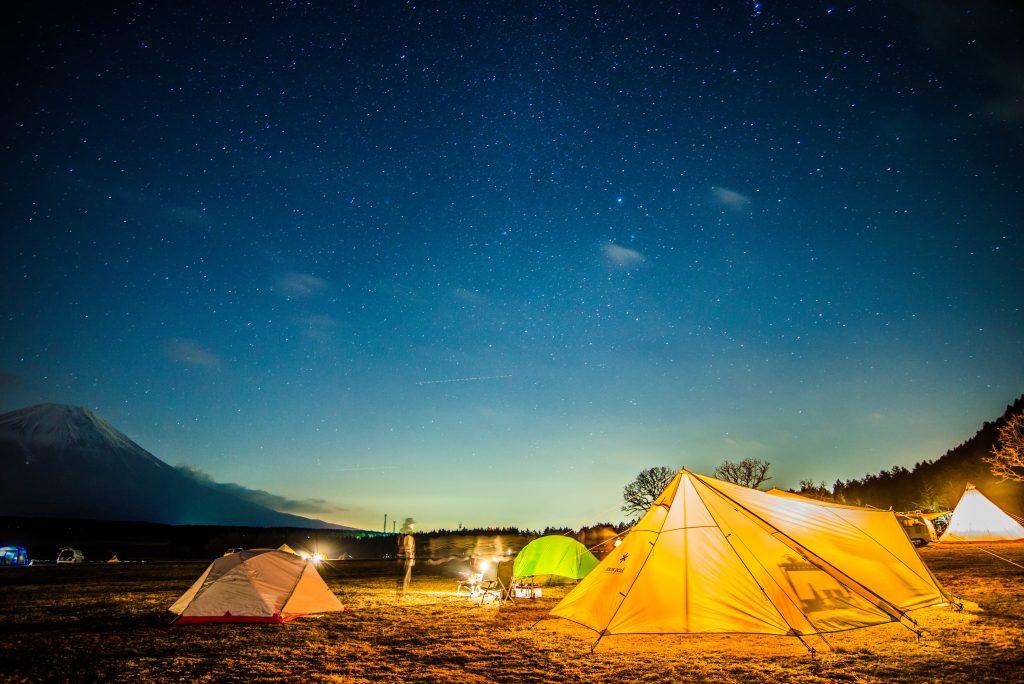 キャンプ星空