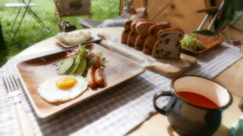 キャンプ朝食